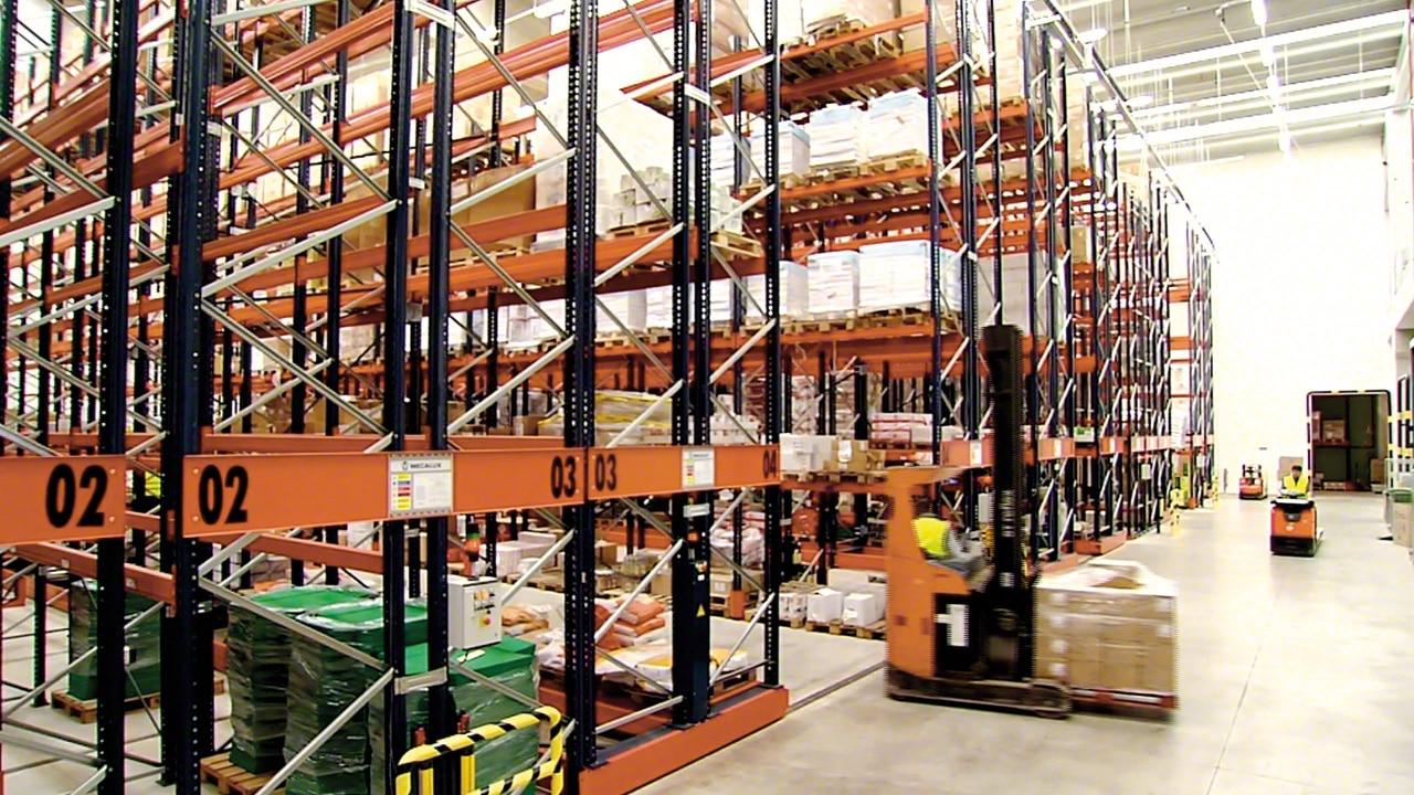 Mobilné regálové systémy Movirack: Havi Logistics